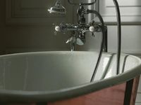 2011_Imperial_Bathrooms_International0130.jpg