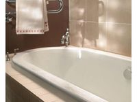 2011_Imperial_Bathrooms_International0143.jpg