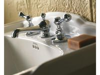 2011_Imperial_Bathrooms_International0186.jpg