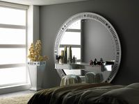 STAR GATE BIG MIRROR+VASE SILVER EYES.jpg