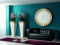 SHINING+VASES PIRAMID WHITE-GOLD.jpg